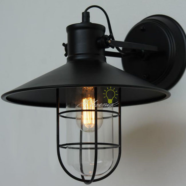 Antique Country Iron Wall Sconce in black Finish 76082