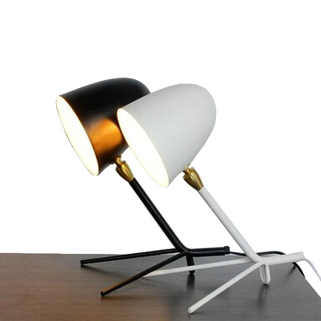 Little Ant Desk Lamp in Painted Finish 8102